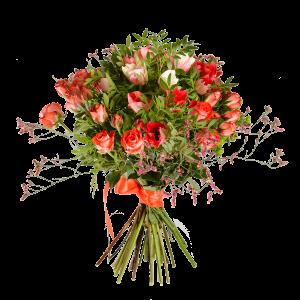 Букет из анемоны, кустовой розы и зелени