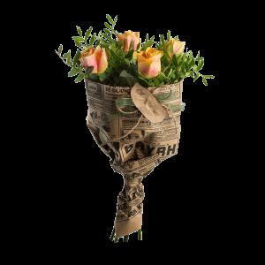 Букет из 5 роз с зеленью с крафт-бумагой