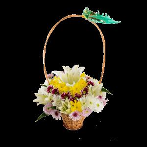Корзина с цветами. Хризантема и лилия.